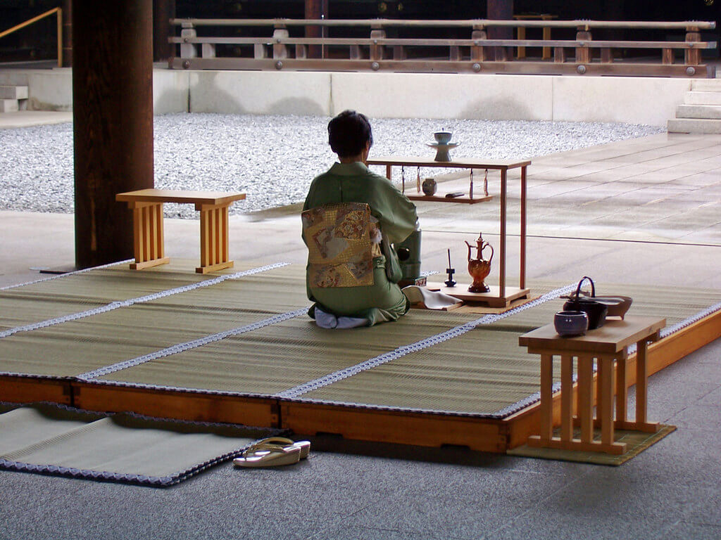 Japanese tea ceremony - Arigato Japan