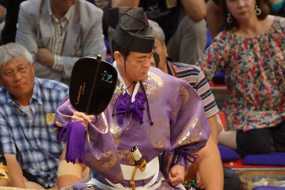 Sumo judge