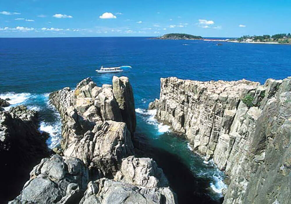 Tojinbo-Cliffs
